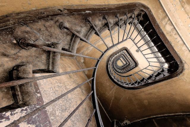 Going-Down-s-Copyright-2018-Steve-Leimberg-UnSeenImages.Com